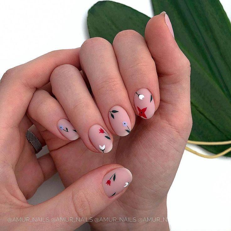 62 Popular Rounded Nail Art Designs #flowernaildesigns
