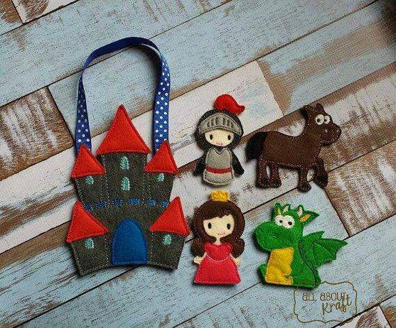 Castle finger puppet set, knight puppets, dragon puppet, horse puppet, princess puppet, fairy tale play, felt puppets