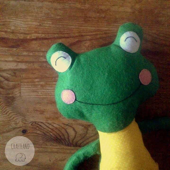 Frog made of felt and fabric Made with an original dolls and daydream pattern