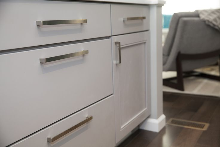 Best Kitchen Cabinetry Cornell Maple In Pebble Grey 400 x 300