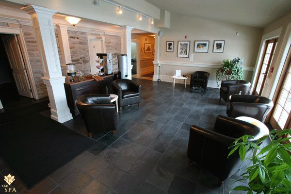 The Garden Waiting Lounge at The SPA Day Retreat in Kanata, Ontario