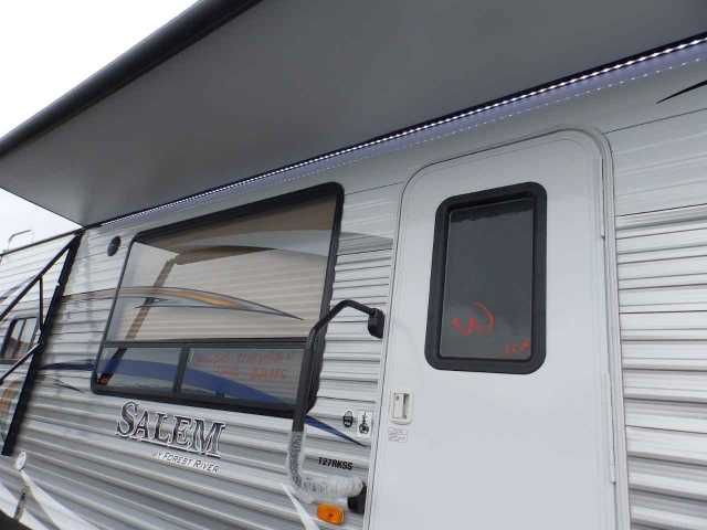 2016 New Forest River SALEM 27 RKSS, 1 SLIDE, REAR KITCHEN, POWER PACKAGE Travel Trailer in California CA.Recreational Vehicle, rv, WE DO NOT CHARGE FOR PDI OR PREP FEE LIKE OTHER DEALER'S! NEW 2016 SALEM 27 RKSS, REAR KITCHEN MODEL WITH FRONT WALK AROUND QUEEN BED, 29 FT LONG PULL TRAVEL TRAILER, DRY WEIGHT (ONLY 6483 LBS), HALF TON TOWABLE! 1-SUPER SLIDE OUT, UPGRADED POWER PACKAGE, ***UPGRADED POWER STABILIZER JACKS IN ALL 4 CORNERS***, ***UPGRADED POWER AWNING WITH LED STRIP***, UPGRADED…