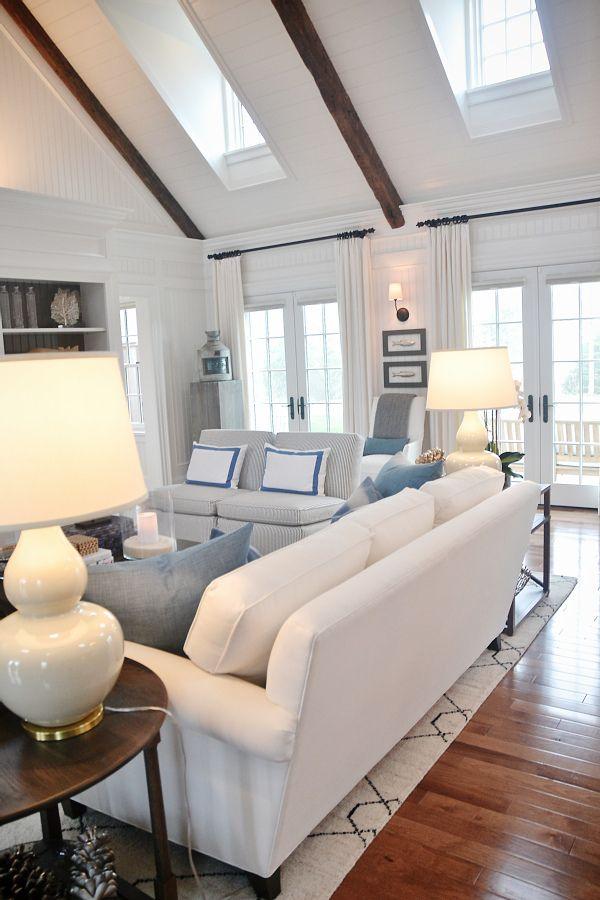 Best 25 Nantucket Decor Ideas On Pinterest Nimbus Gray Nautical Kitchen And Beach Style Windows