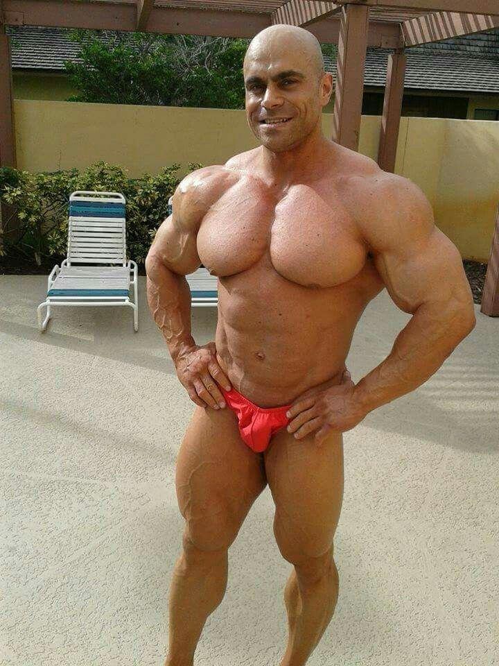 Muscle hunk