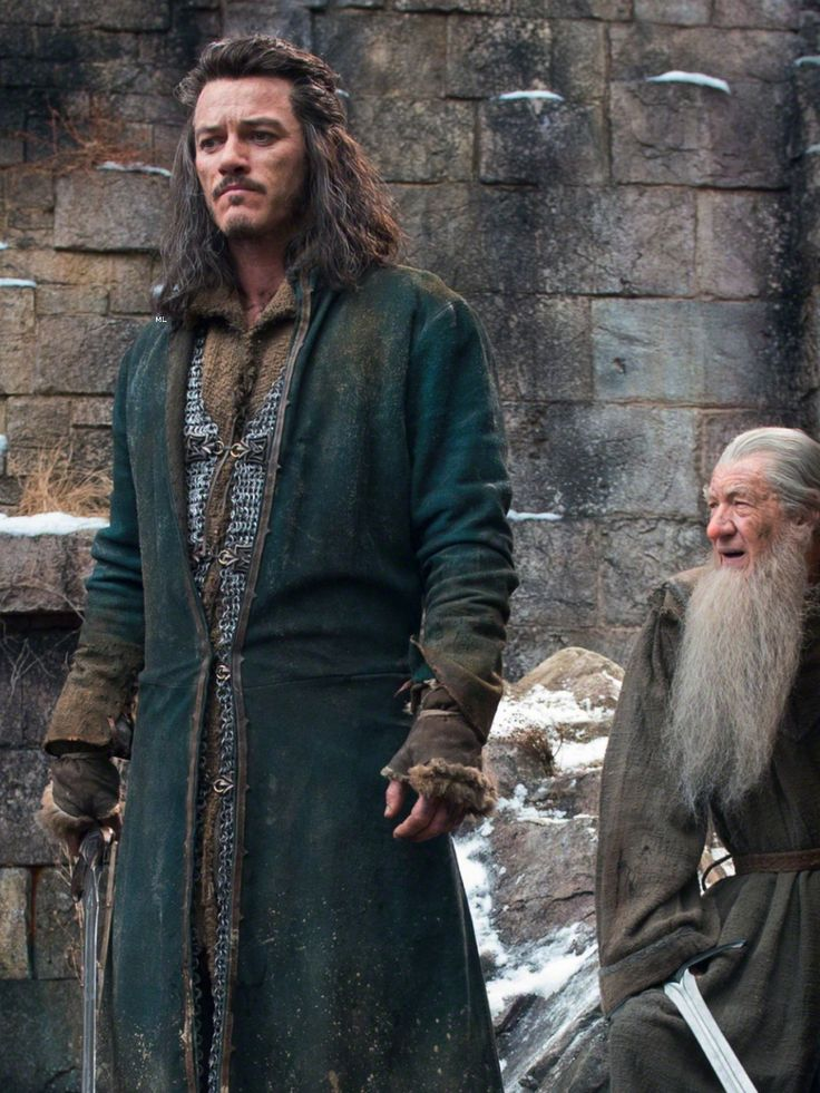The Hobbit: The Battle of The Five Armies (movie guide book)