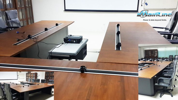Mainline w blacie biurka