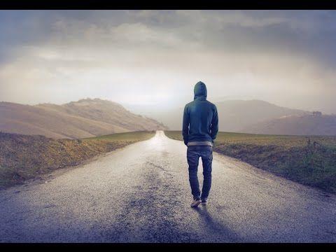 Διεκδικείς μέχρι εκεί που δε χάνεις την αξιοπρέπεια σου… γιατί όταν τη χάσεις σημαίνει πως έχεις χάσει και τον εαυτό σου! Πολύ ωραία ως εδώ. Τί γίνεται όμως με όσους περνάνε στην απέναντι όχθη και καταλήγουν μέσα από όλη τη διεκδίκηση να χάνουν τελικά τον εαυτό τους;  http://readmebyeleni.com/2015/12/01/%CE%AC%CE%B3%CE%BD%CF%89%CF%83%CF%84%CE%BF%CF%82-%CE%B5%CE%B1%CF%85%CF%84%CF%8C%CF%82/#more-1073