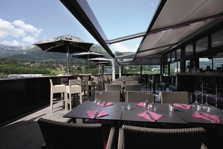 Lagune -terrace cover by Renson