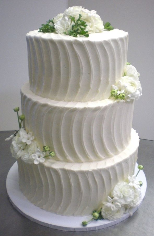 Cake Designs With Whipped Cream : Cake Size 14, 12 10 decorated with vanilla butter cream ...
