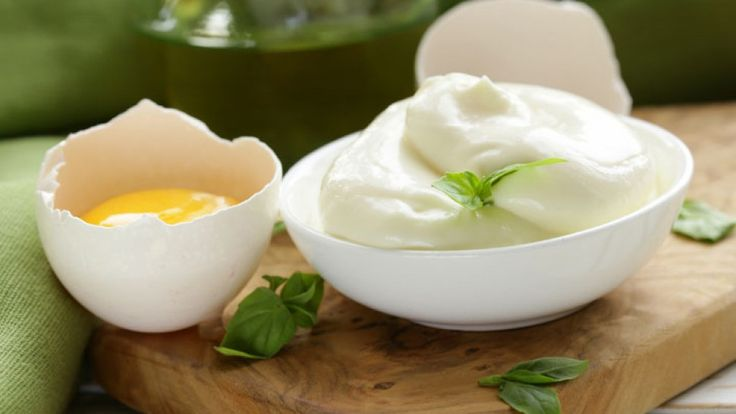 Dr. Mark Hyman's Rich Homemade Mayonnaise - A nutritious alternative to the regular, store-bought, additive-heavy mayonnaise.