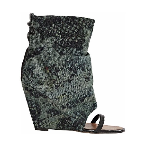 Pre-Owned Green & Black Isabel Marant Snake-Print Canvas Ankle Boots ($155) ❤ liked on Polyvore featuring shoes, boots, ankle booties, black, open toe ankle boots, black slouch booties, slouch ankle boots, snake print booties and ankle boots