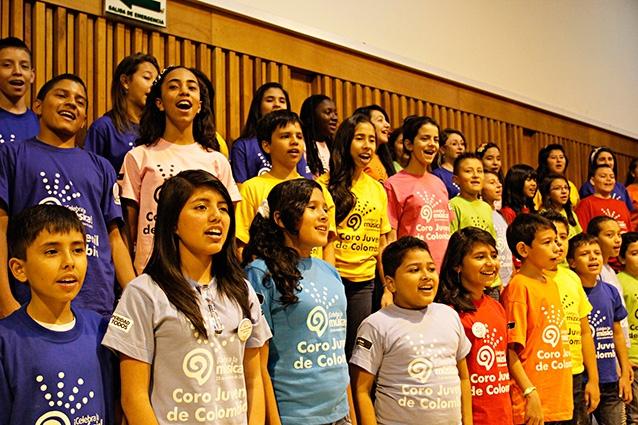 [Música ] .@CelebralaMusica El coro en ensayo (6) por .@EDWARDLORAM