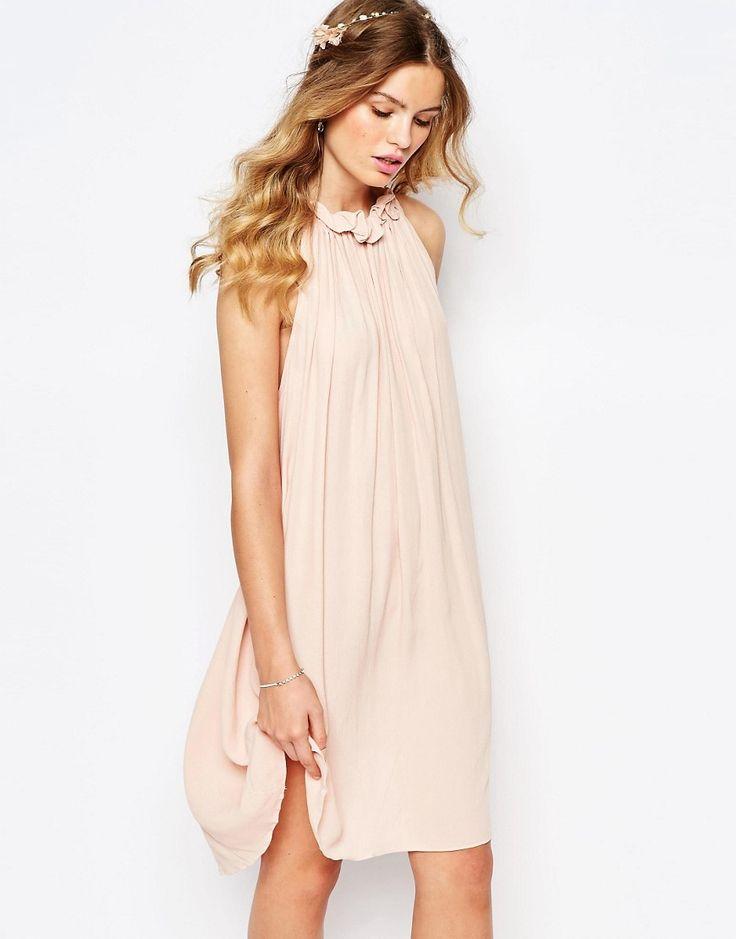 Bridesmaid Dresses Under $200.  http://www.styleinspiredweddings.com/2016/08/05/bridesmaid-dresses-200/