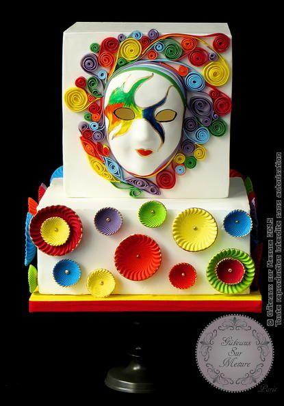 Rainbow Carnaval Mask - Cake by Galina Duverne - Gâteaux Sur Mesure Paris