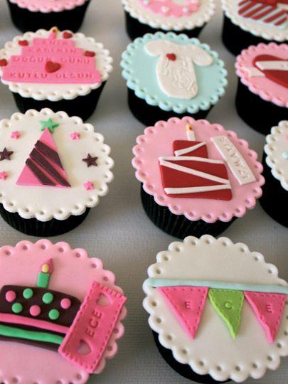 Beyaz çikolatalı cupcake