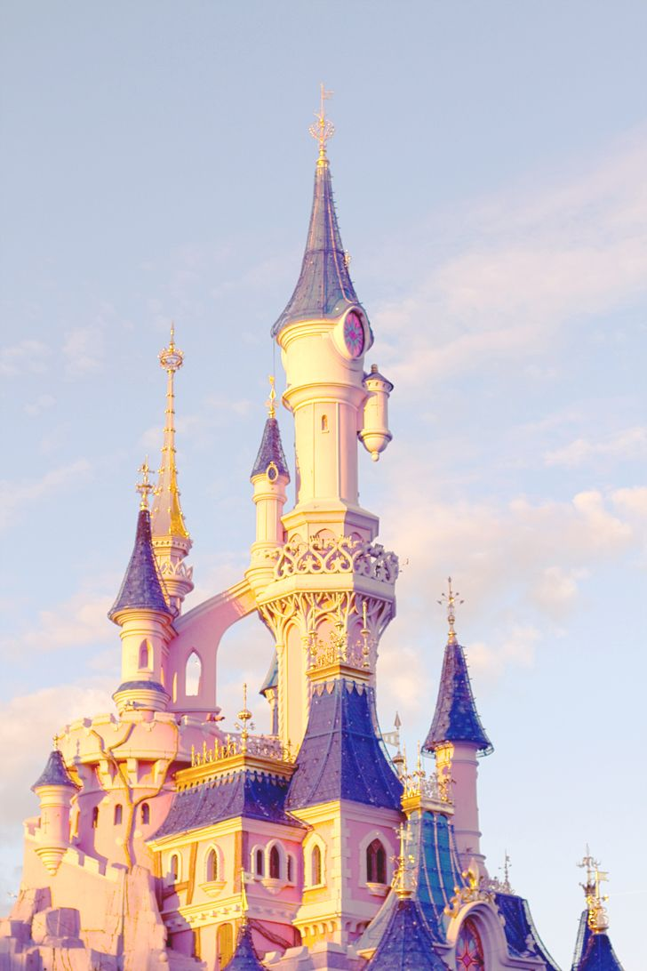 25 sch ne disney castle wallpaper ideen auf pinterest castillo de disney walt disney world. Black Bedroom Furniture Sets. Home Design Ideas