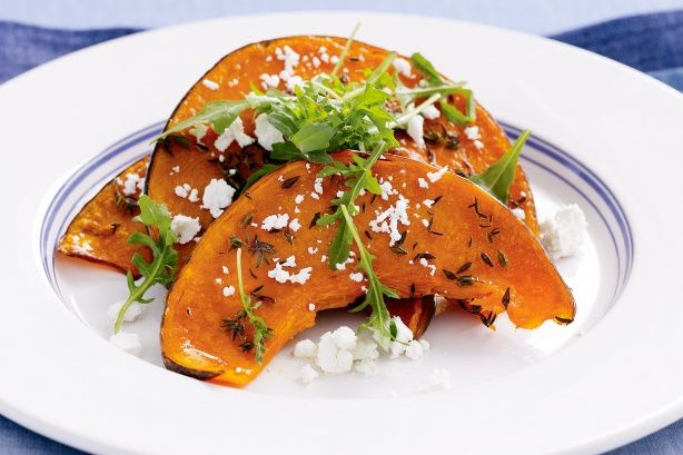 Pumpkin slices with rocket and feta