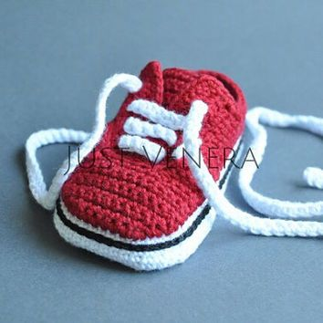 Crochet baby shoes - unique booties -baby vans -newborn gift - baby boy -baby girl - summer colors