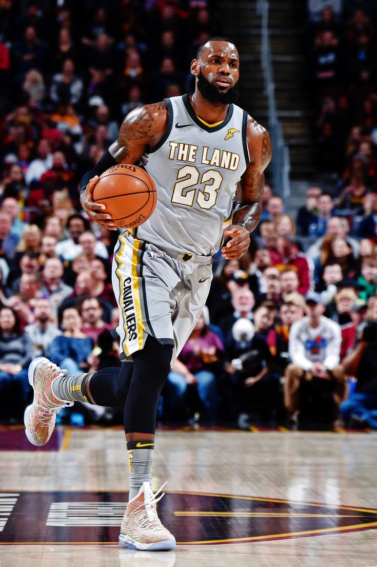 LeBron James   Lebron james cleveland, Lebron james lakers ...