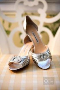 Elegant silver wedding shoes