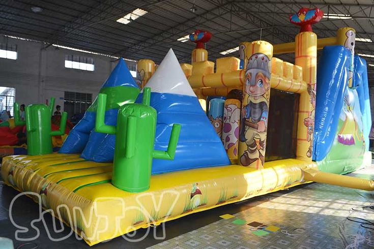Egyptian pyramid style inflatable obstacle course for sale, 10 meters long obstacle course playground for kids.