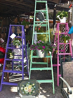 Love these painted ladders.  Great idea to paint mine!