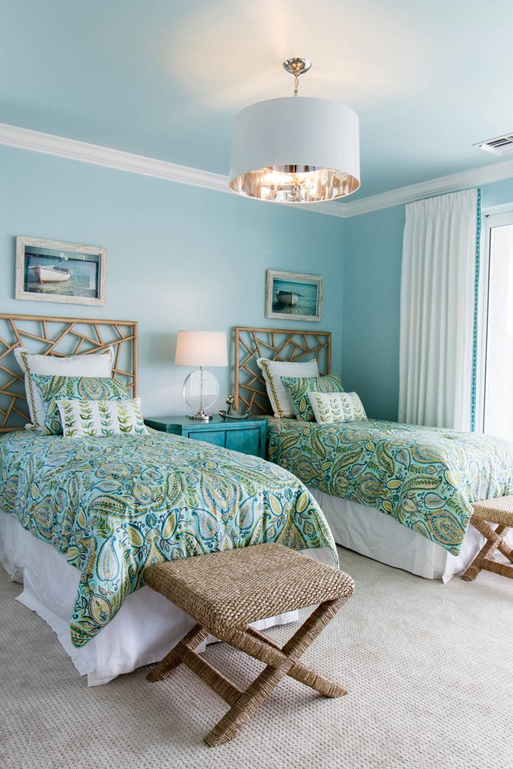 guest bedroom with twin beds robb stucky