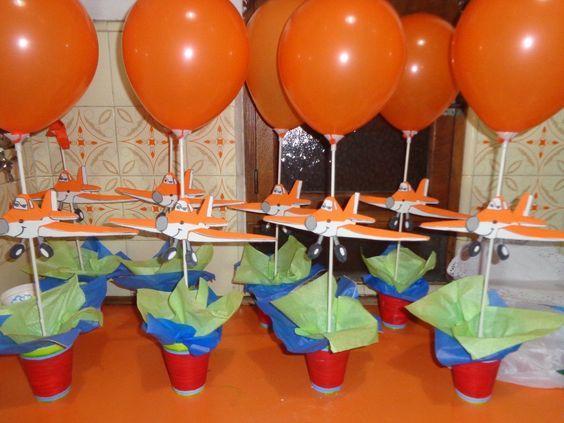 Fiesta de aviones http://tutusparafiestas.com/fiesta-de-aviones/ #cumpleañosdeavion #decoraciondeavionparafiesta #decoraciondeavionesparacumpleaños #decoraciondeavionesparafiesta #Decoracionparacumpleañosdeaviones #decoracionparafiestadeaviones #decoracionparafiestatematicadeaviones #decoracionparafiestasinfantilesdeniños #fiestadeavion #Fiestadeaviones #fiestadecumpleañosdeaviones #fiestadeDusty #fiestainfantildeaviones #fiestainfantiltematicadeaviones #fiestatematicadeaviones