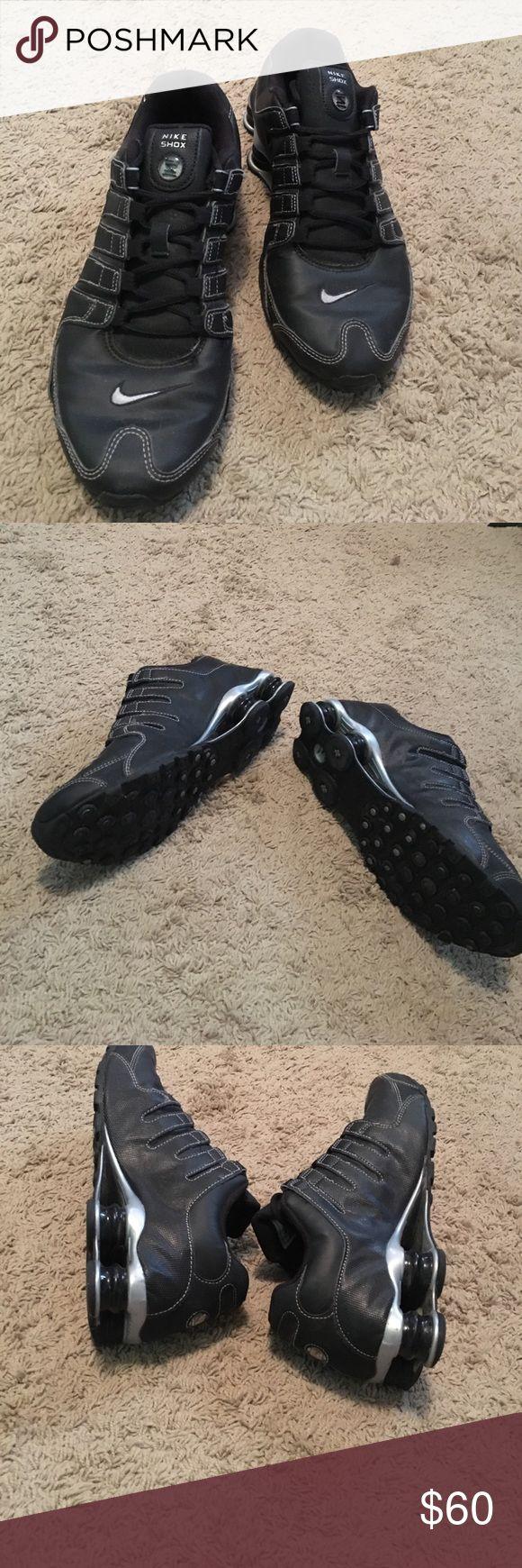 Nike shox All black Nike shox... Worn twicw Nike Shoes