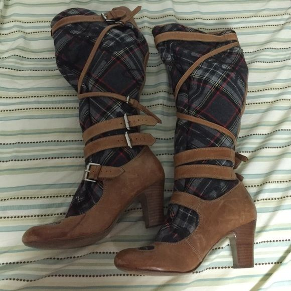 Vivienne Westwood Boots for Nine West Vivienne Westwood Boots for Nine West! Only worn a handful of times. A little bit of scuffs and wear but these are leather and it kind of adds to the style! Size 8m Vivienne Westwood Shoes Heeled Boots