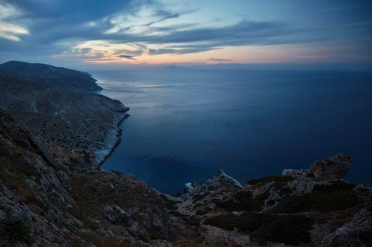https://flic.kr/p/ZvgFJ1 | 5 Islands: Folegandros – View | Cycladic Islands, Spring 2016 (Tinos, Serifos, Sifnos, Milos, Folegandros)  Folegandros, South Aegean, Greece