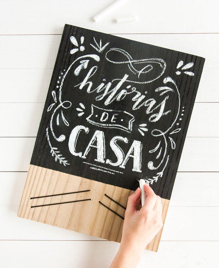 Projeto DIY: Aprenda a fazer um quadrinho de lousa para anotar os recados usando um pedaço de madeira, tinta e elásticos.