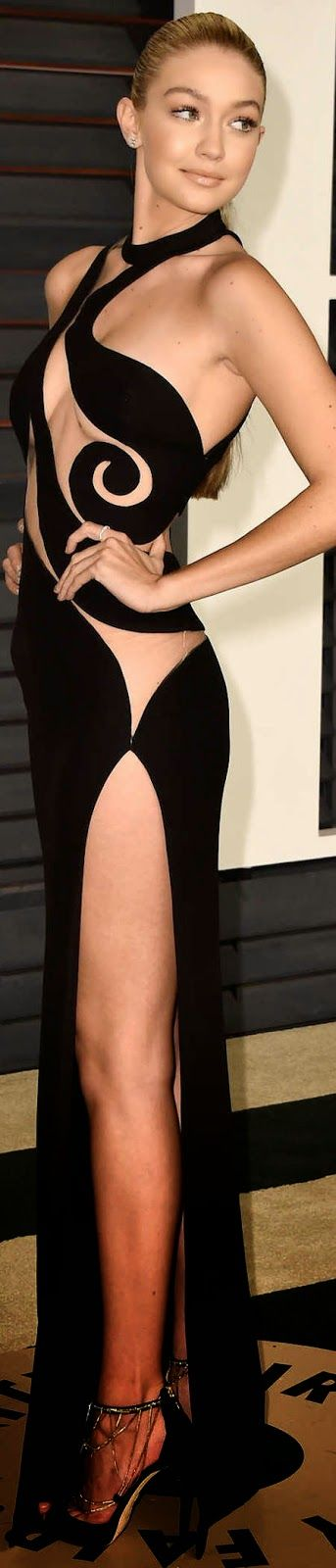 Gigi Hadid in Atelier Versace at the 2015 Oscar after parties