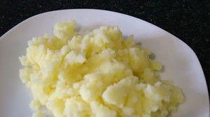 Puré de patatas en la olla programable Newcook