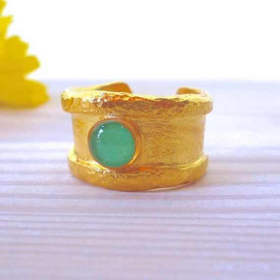 Hey, I found this really awesome Etsy listing at https://www.etsy.com/listing/270122408/band-ring-emerald-ring-blue-ring