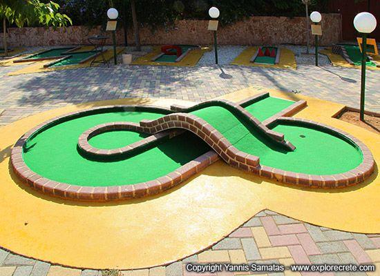 mini golf at Koutouloufari