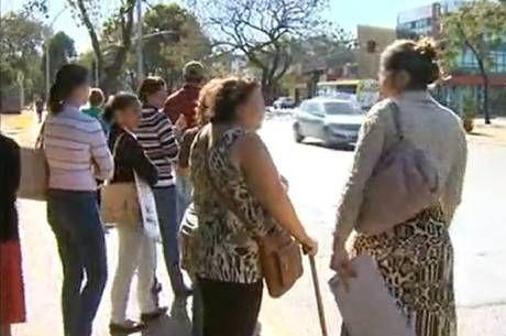 Tarado da Bicicleta assusta mulheres na Asa Sul - http://noticiasembrasilia.com.br/noticias-distrito-federal-cidade-brasilia/2014/08/15/tarado-da-bicicleta-assusta-mulheres-na-asa-sul/