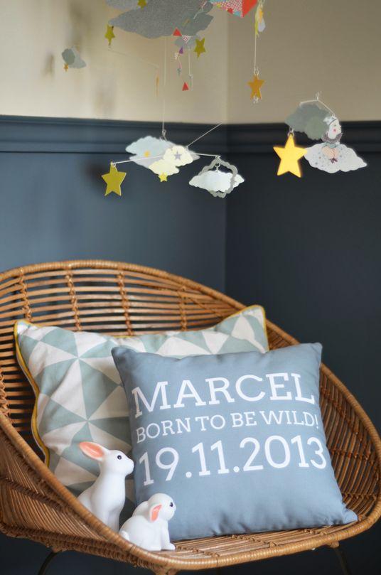 Factory chic Un cadeau de naissance chambre d'enfant kids room bedroom coussin personnalisé cushion