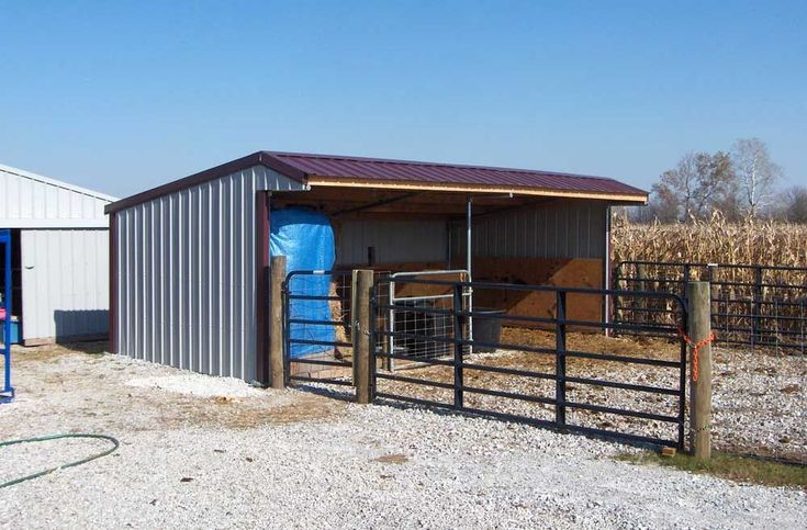 Klene Pipe Pole Barn Kit Project Gallery incuding portable barns,run in sheds, loafing shed, diy pole barns, diy barn kit, pole barn packages, modular barn, horse barn kits, portable horse shelter #PortableShedPlan