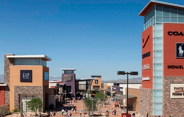 Hagerstown Premium Outlets: Find impressive savings at 100 outlet stores including Adidas, Banana Republic, Brooks Brothers, Calvin Klein, Coach, Gap Outlet, Under Armour and more. - See more at: http://washington.org/find-dc-listings/hagerstown-premium-outlets#sthash.tPSdyUlU.dpuf