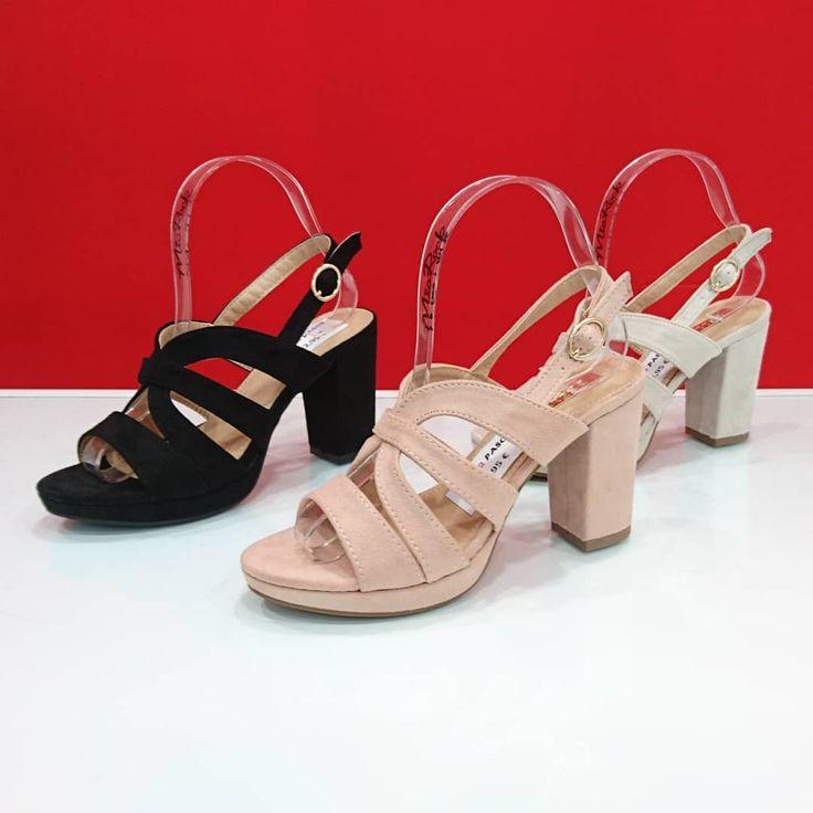 Preciosa sandalia con tacón medio y tiras cruzadas disponible en negra rosa y beige. Precio 2295. #sandalia#fiesta#primavera#verano#masqpasos#moda#fashion#shoes#zapatos#stiletto#snikers#botas#botin#botines#sandalias#tacones#piel#boots#instapic#badajoz#makeup#mode#shopping#shoponline#tiendaonline#tienda#shop