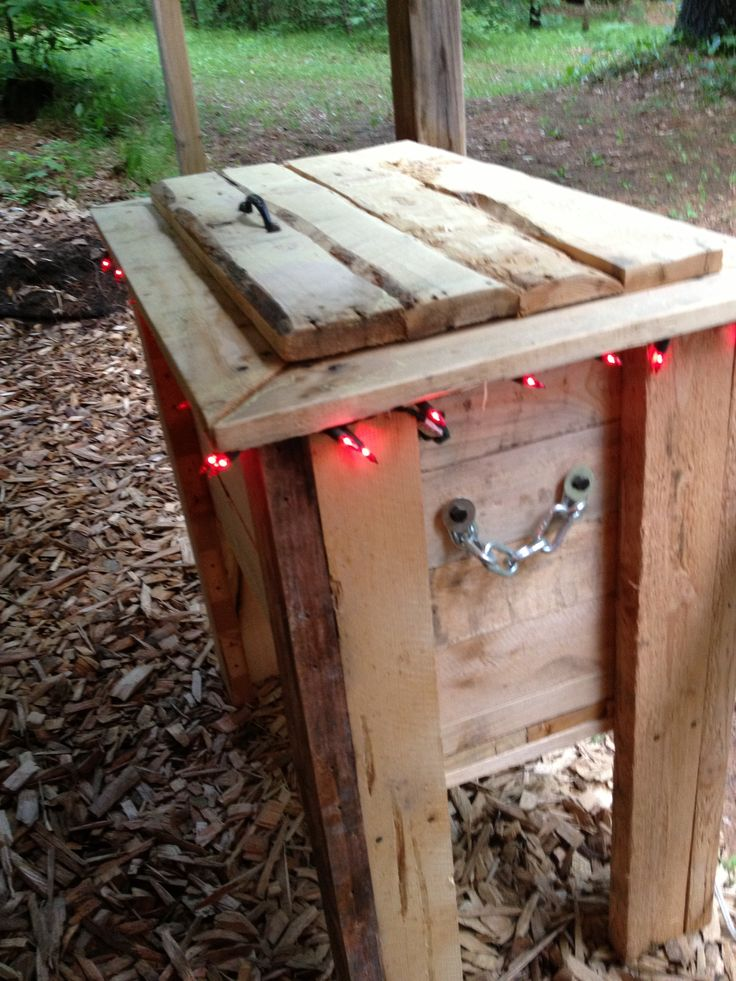 DIY Cooler For Tiki Bar