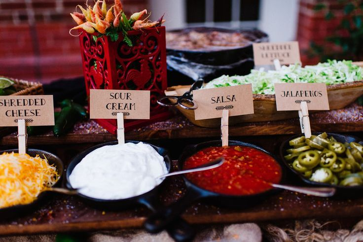Best 25+ Taco bar buffet ideas on Pinterest | Easy wedding ...