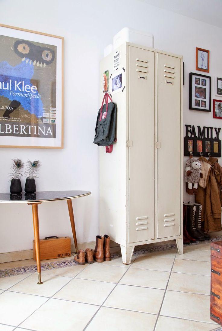 WOHN:PROJEKT - der Mama Tochter Blog für Interior, DIY, Dekoration und Kreatives : Unser Zuhause: Ein alter Metall-Spind im Hause WOH...