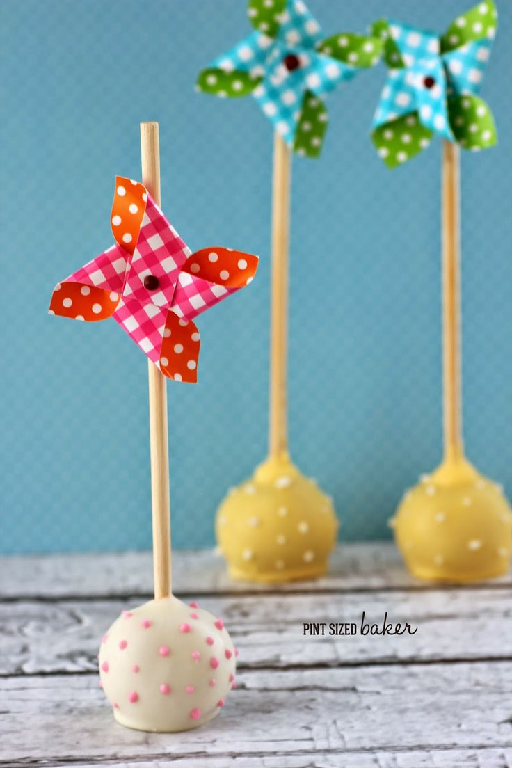 Pint Sized Baker: Pinwheel Cake Pops are fun for summer!
