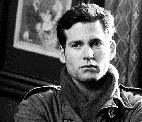 Web, a.k.a. the sexy, intellectual soldier<3 He's kind, smart, brave, noble, and oh so sexy!!! Eion Bailey in Band of Brothers