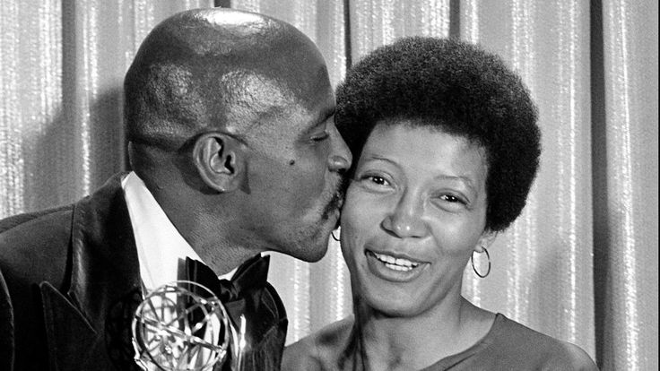Olivia Cole dies at 75, won an Emmy for 'Roots' but found few opportunities for black actors in Hollywood