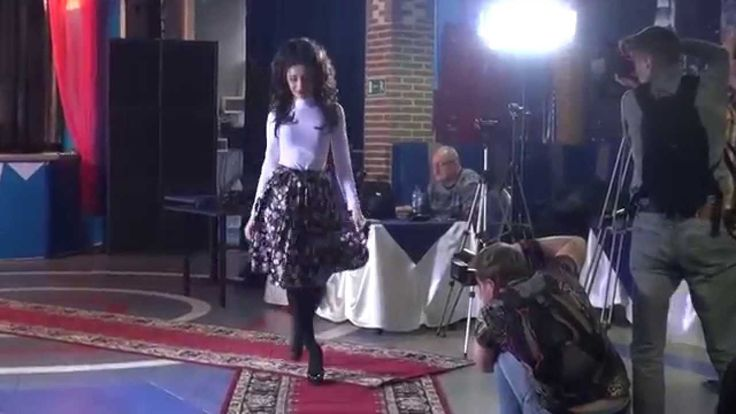 """Модельер - дизайнер Евгения Дронова - показ моды """"TV SHANS"""""""