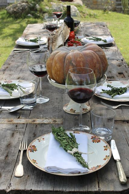 BiancoAntico: Love the use of vintage/antique china for a stand for the pumpkin