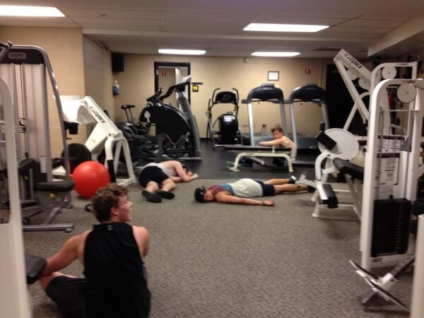 This is what happens when 5SOS work out. >>>I AM 5SOS. 5SOS IS ME. WE ARE ONE.